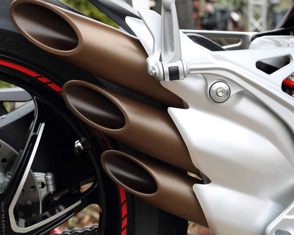 motorcycle-pipe
