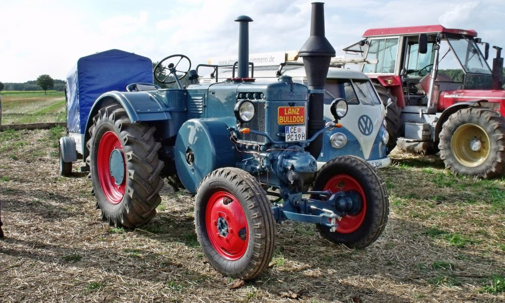 tractor-637840_1920
